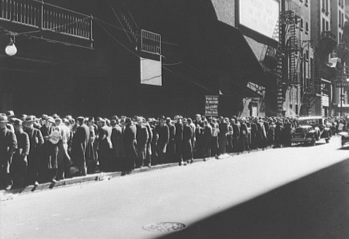 Food line during the depression